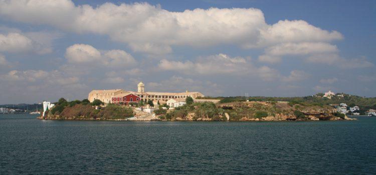 Isla del Rey - Puerto de Mahón